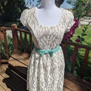 My Michelle lace dress size 7